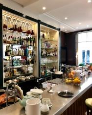 Le bar à l'étage